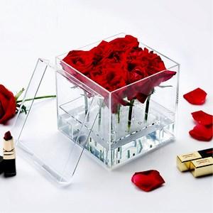 باکس شیشه ای گل رز  